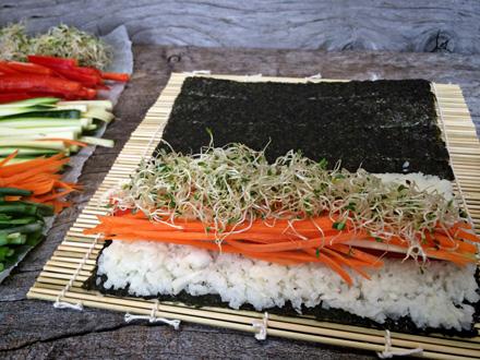 Raw-Veggie-Sushi-Hearts338