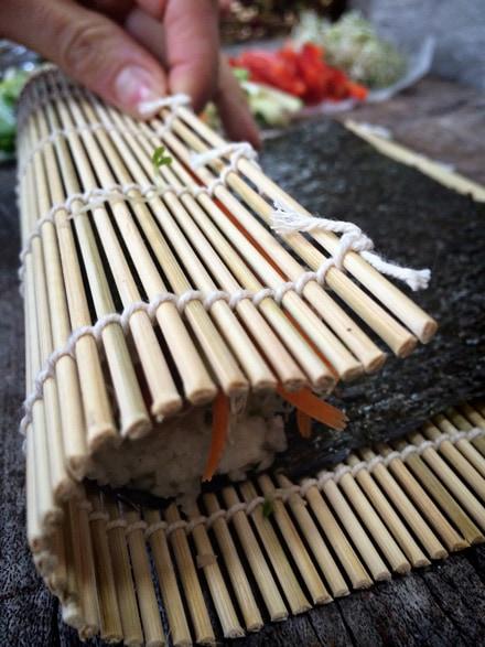 Raw-Veggie-Sushi-Hearts339