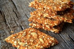 Raw-Za'atar-Crackers1