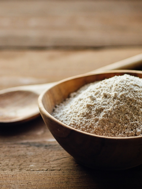 Raw Food Recipes - How to make Raw Oat Flour from rolled oats