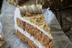 Raw-Carrot-Cake-with-Pumpkin-Spiced-Frosting1