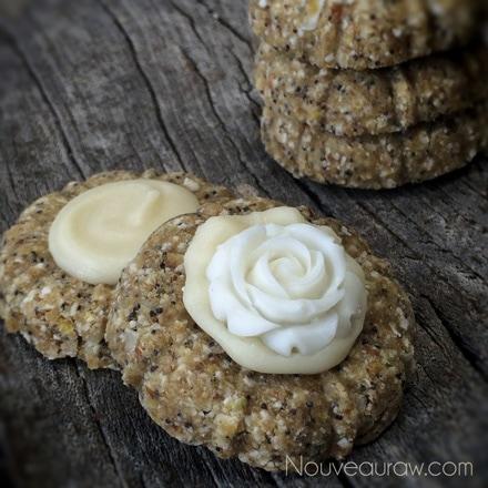 ... Lemon Poppy Seed Scones with Glaze (raw, vegan, gluten-free, nut-free