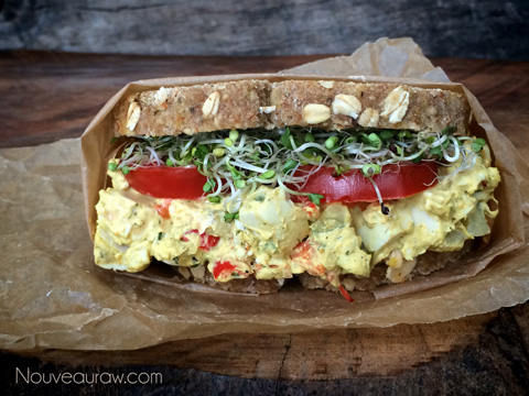 raw-vegan-'egg'-salad-sandwhich2344