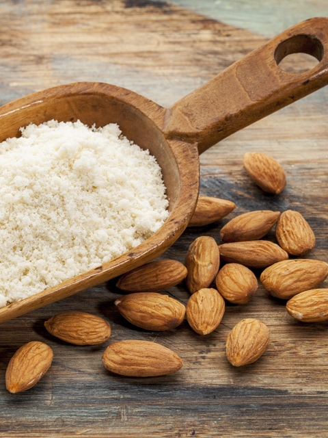 How to make almond flour from whole almonds