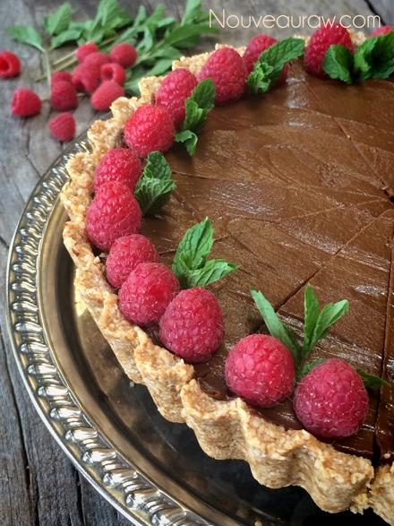 Raw-Chocolate-and-Caramel-French-Silk-Pie1