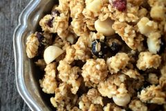 Raw-Cranberry-and-Macadamia-Chunk-Granola11