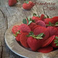 Raw-Sweet-Strawberry-Chips1