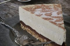 Raw-Fresh-Peach-and-Chocolate-Ganache-Cream-Pie123456