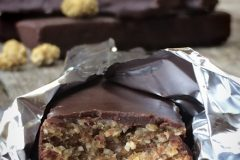 Raw-Mulberry-Crunch-Candy-Bars1