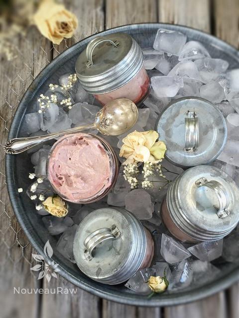 Italian-Balsamic-and-Strawberry-Ice-Cream2