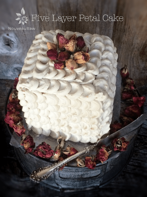 Five-Layer-Petal-Cake-feature