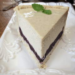 A lovely slice of flavorful Raw blueberry vanilla bean cheesecake