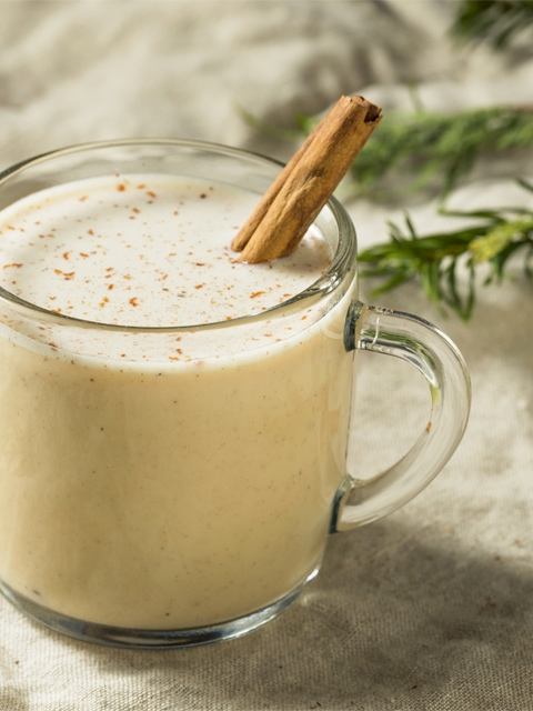 Nut-Chata-Milk-close-up-in-glass-mug-F