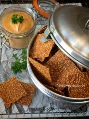 Spicy BBQ Flax Crackers (raw, vegan, gluten-free, nut-free)