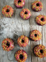 Red Velvet Donuts (raw, vegan, gluten-free)