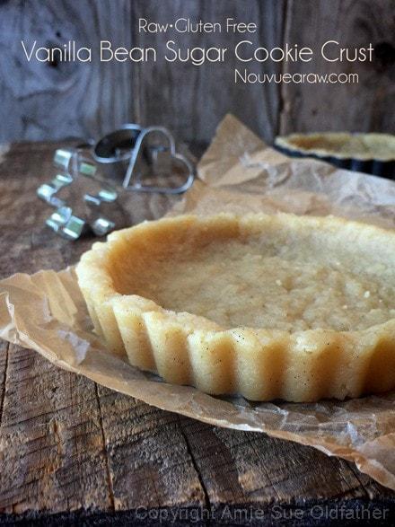 raw, vegan, gluten-free Vanilla Bean Sugar Cookie Crust