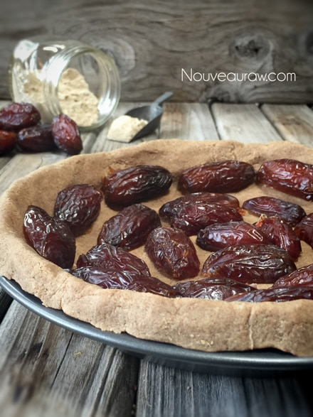 Medjool-Date-&-Pear-Praline-Pie4