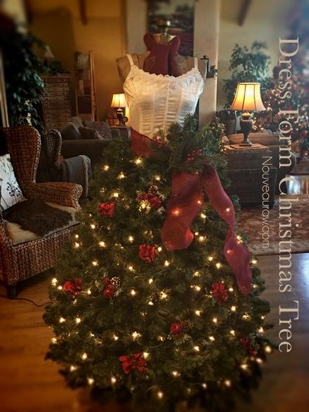 How to Create a Dress Form Christmas Tree all lit up