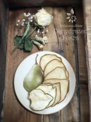 Pears (raw, dehydrated)