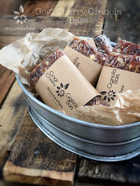 Gogi-Cherry-Granola-Bars-feature