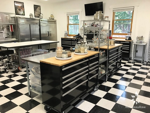 commercial-kitchen-4