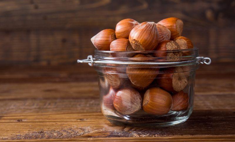 How to make hazelnut milk - a wonderful raw, vegan, gluten free alternative to dairy milk