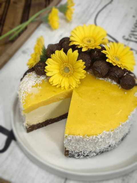 raw and vegan recipe for Tropical Mango Cheesecake