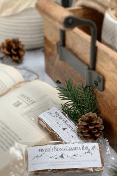 Winter's-Blend-Granola-Bar-up-close