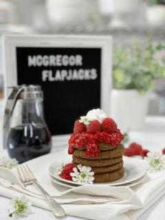 raw vegan pancakes