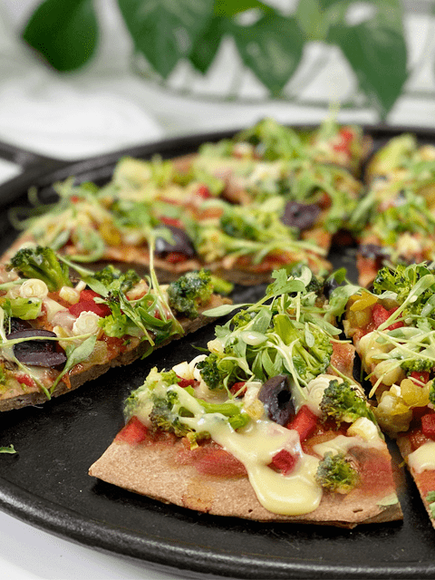 vegan gluten-free pizza crust with toppings