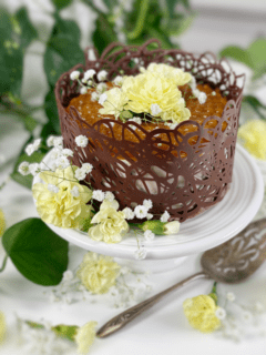 vegan raw gluten-free Lemon Poppyseed Cream Cake
