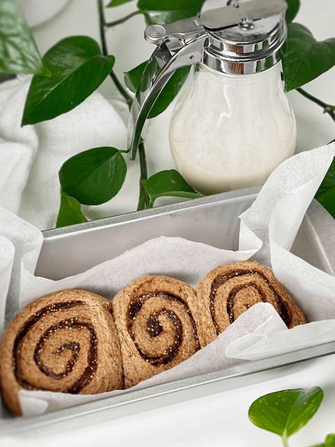 vegan gluten-free yeast free fig and pecan sweet rolls